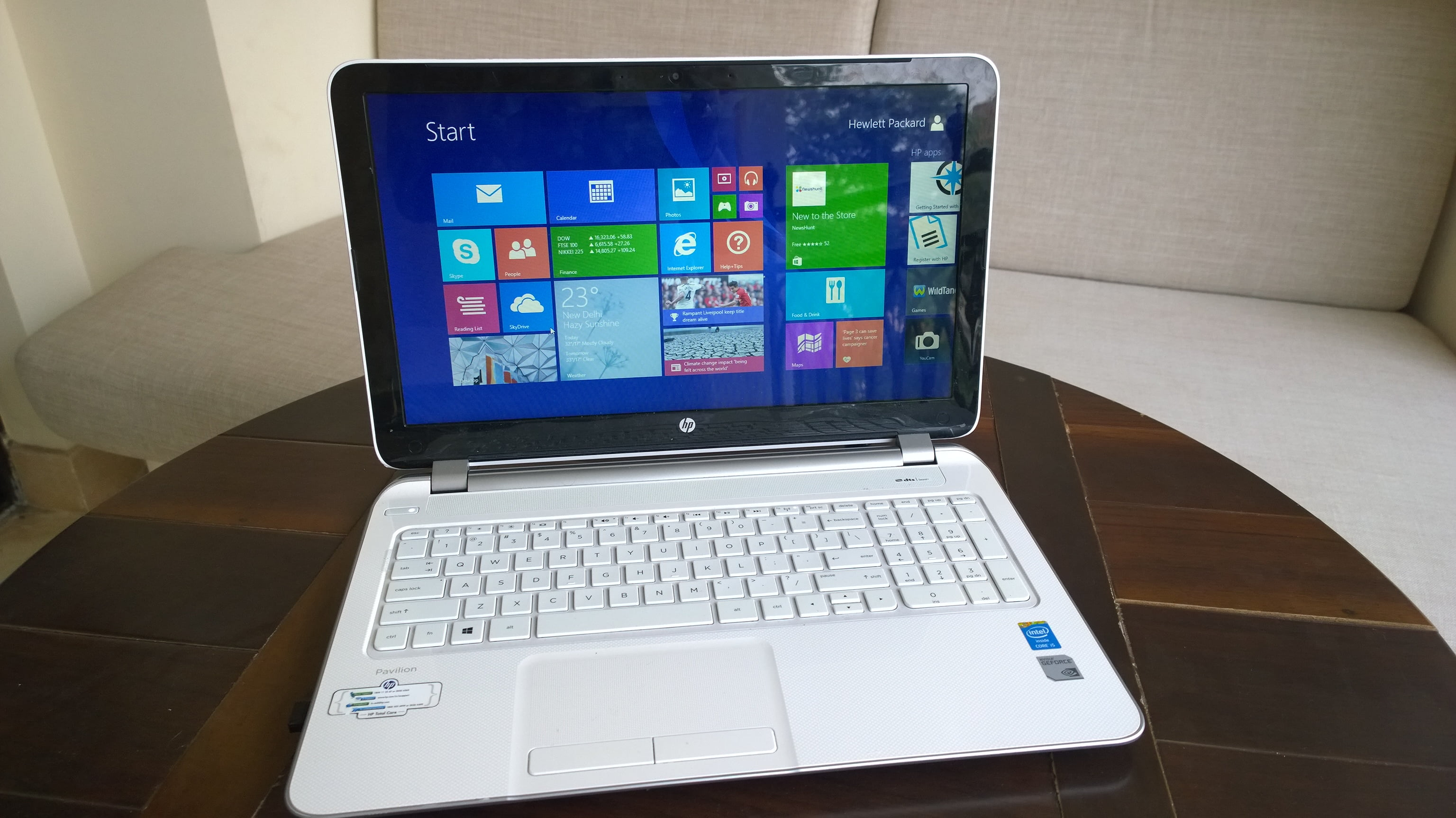 HP Pavilion 15-n209tx Notebook PC Review